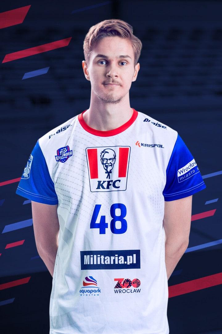Peetu Mäkinen | KFC Gwardia Wrocław